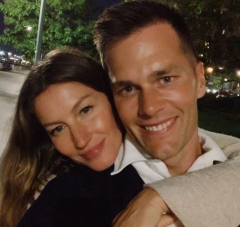 Selfie of Tom Brady and Gisele Bundchen.